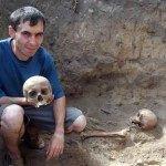 Во время раскопок Зевакина кургана в Рогачеве обнаружены останки троих людей