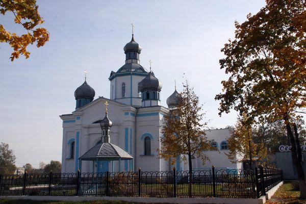 Храм Покрова Пресвятой Богородицы в Довске.