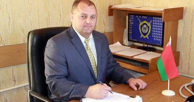 Павел Петрович КАРАСЬ с гордостью говорит о сотрудниках своего отдела.