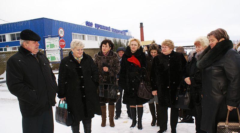Рогачевскую делегацию радушно приняли на Щучинском маслосырзаводе.