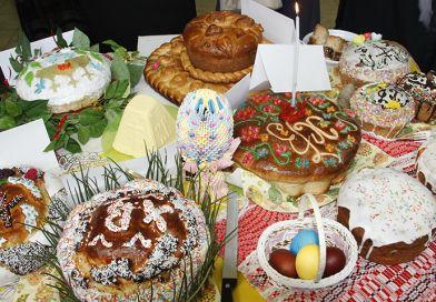 Юбилейный Пасхальный фестиваль в Рогачёве: куличи, маленькие ангелы и песни с небес
