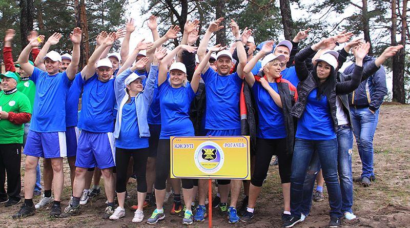 Рогачёвские коммунальники проявили командный дух и волю к победе.