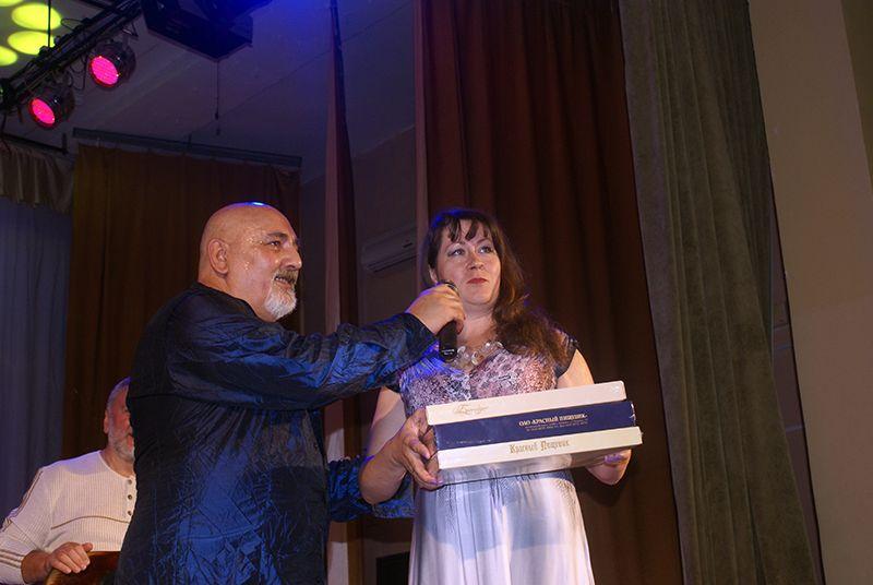 Наталья КАБУЛОВА показала гостеприимство рогачёвского края.