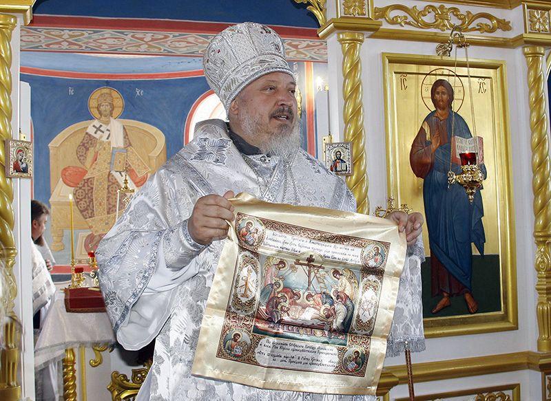 Владыка Стефан освятил новый храм.