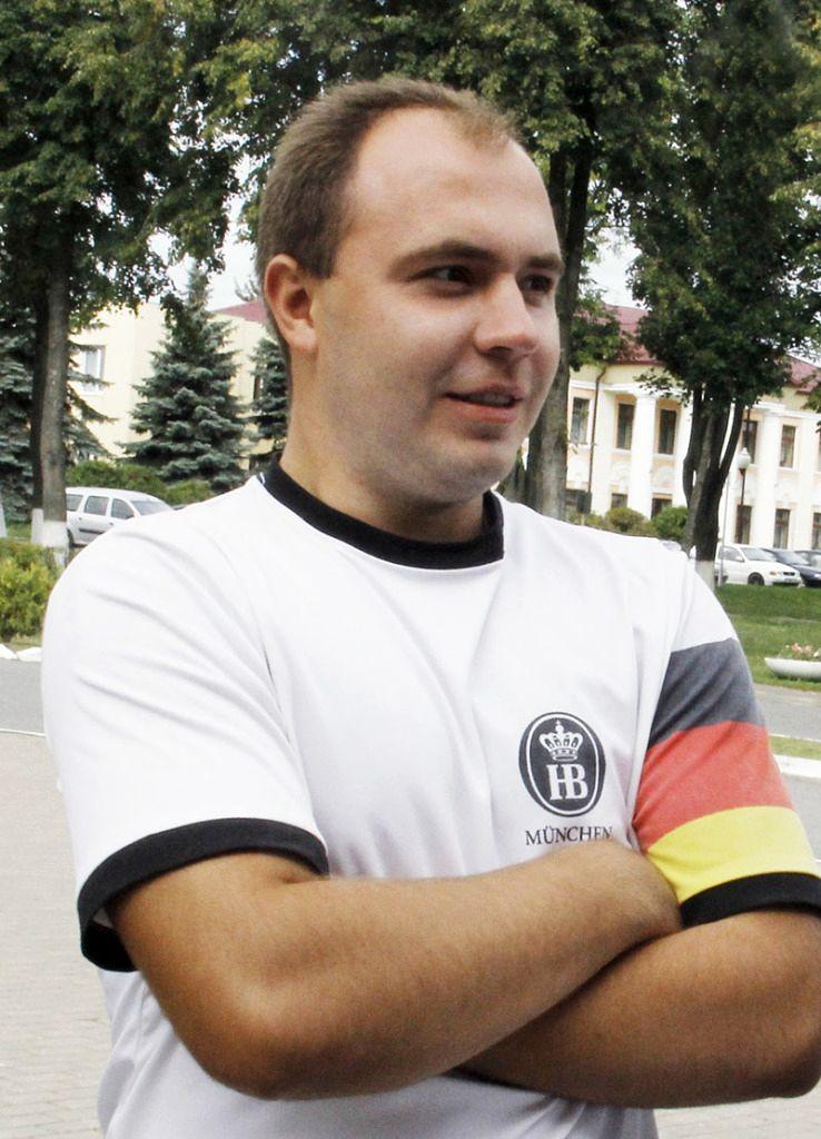 Алексей АНТОНОВ уверенно ответил на все вопросы.