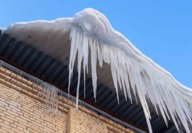 Рогачёвские коммунальники готовы бороться с ледяными опасностями