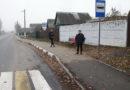 В Рогачёве на остановке «Ул.Заречная» ожидающим пассажирам негде спрятаться от дождя