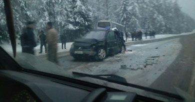 Автобус с белорусскими хоккеистами попал в ДТП в Логойском районе